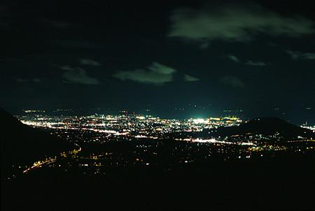 城山園地の夜景