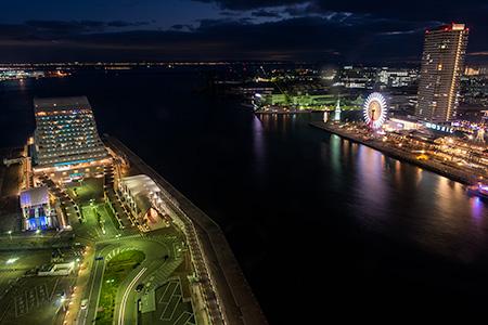 神戸ポートタワーの夜景