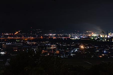 万葉公園 子供の広場の夜景