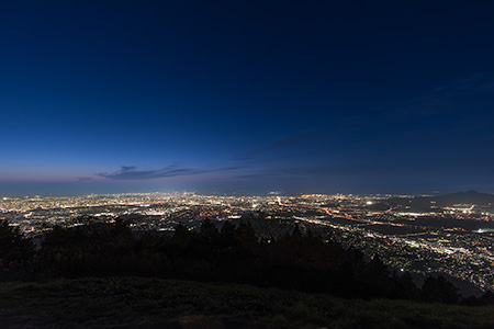 夜景100選「米の山展望広場」