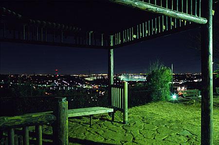 弘法松公園の夜景