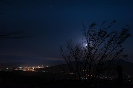 国見棚田公園の夜景
