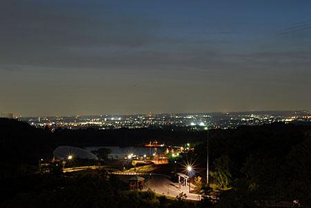 鞍ヶ池PAの夜景