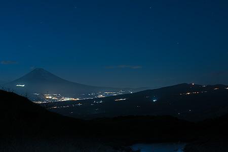 玄岳駐車場 伊豆スカイラインの夜景