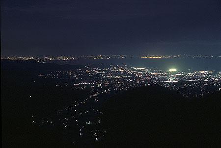 桑谷パーキング 三河湾スカイラインの夜景