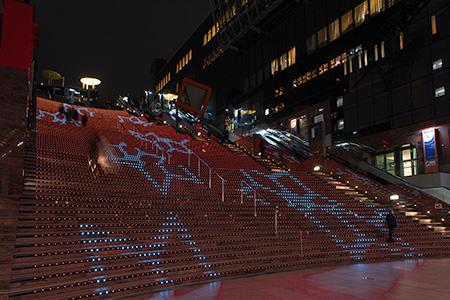 京都駅 室町小路広場の夜景