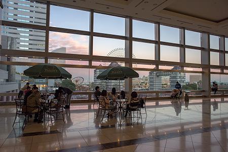 横浜ランドマークタワー3階の夜景