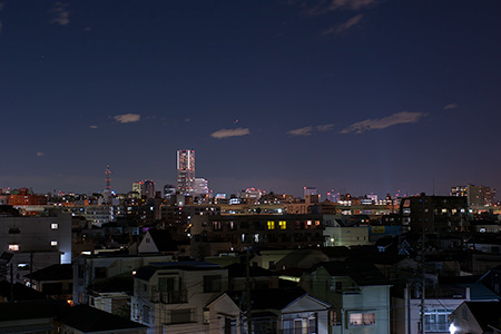 蒔田伊勢山公園の夜景