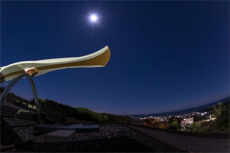 地球の丸く見える丘展望館の夜景