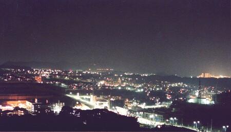コンフォール緑が丘学園の夜景