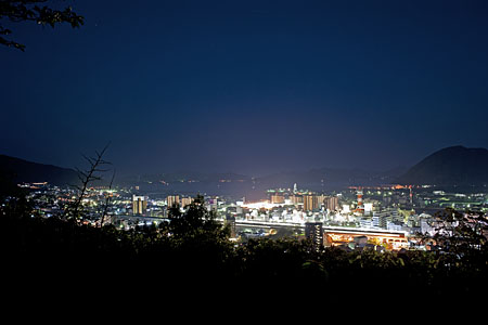 三原市中央公園の夜景