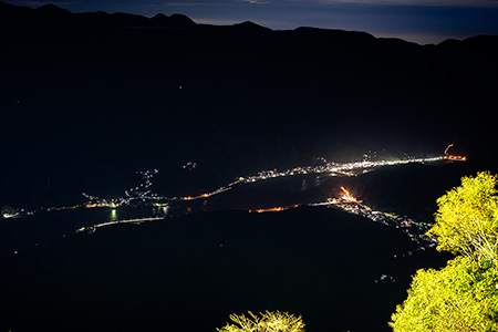 身延山 東側展望台の夜景