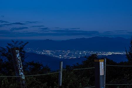 身延山 北側展望台の夜景