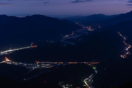 身延山 南側展望台の夜景