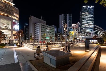 宮下公園 Miyashita Parkの夜景