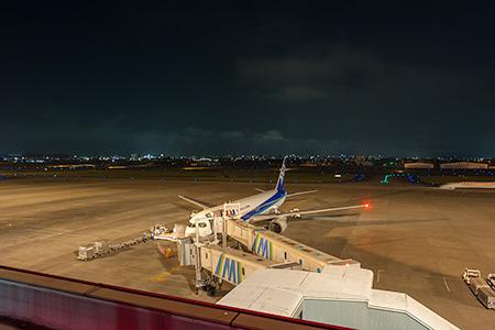 宮崎空港 飛行機のある展望公園の夜景