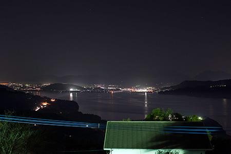 妙法寺 平和仏舎利塔の夜景