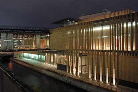 長崎県美術館の夜景