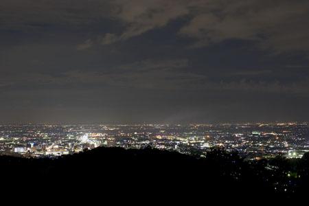 中島記念公園の夜景