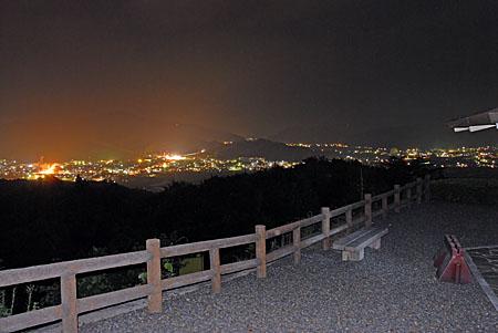 中山展望台の夜景