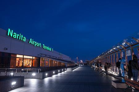 成田国際空港 展望デッキの夜景