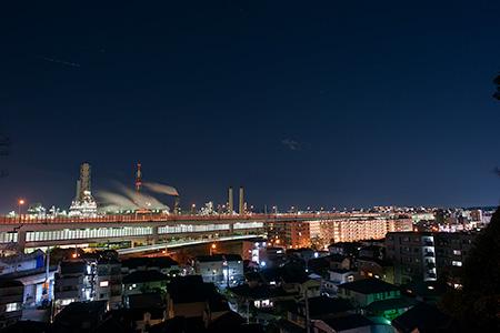根岸加曽台七曲り坂 の夜景