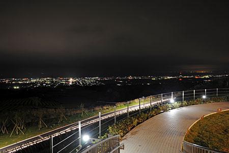 NEOPASA駿河湾沼津(下り)の夜景