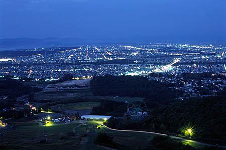 ニコラスタワーの夜景