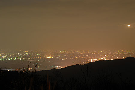 庭田山頂公園の夜景