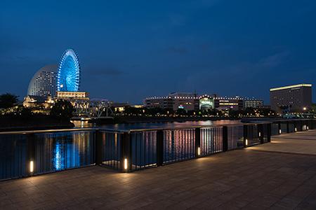 ノートルダム横浜みなとみらいの夜景