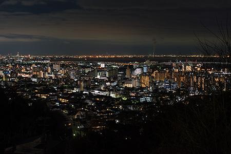 岡本北小公園の夜景