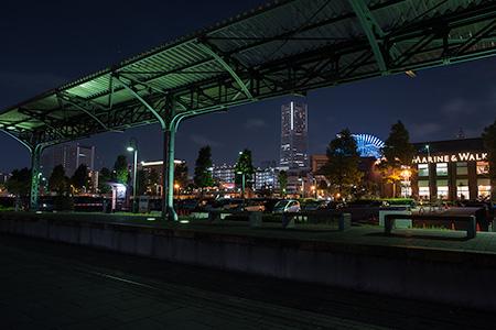 旧横浜港駅プラットフォームの夜景