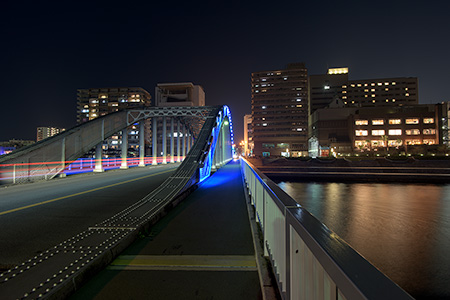 御成橋の夜景