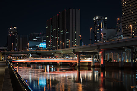 大江橋駅前