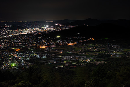 太平山 山道七合目付近の夜景