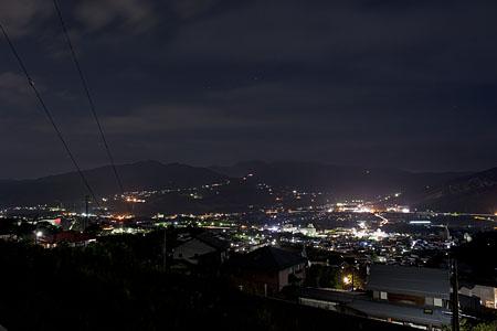 大石の夜景
