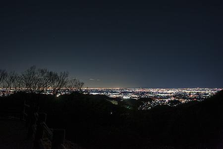 大岩山 西公園駐車場の夜景