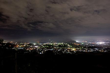 男山の夜景