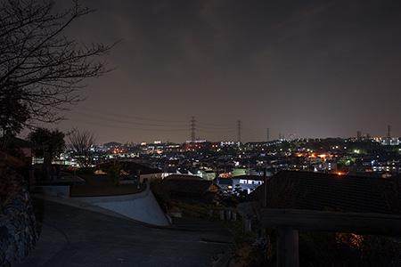 西のつつじが丘 お休み処の夜景