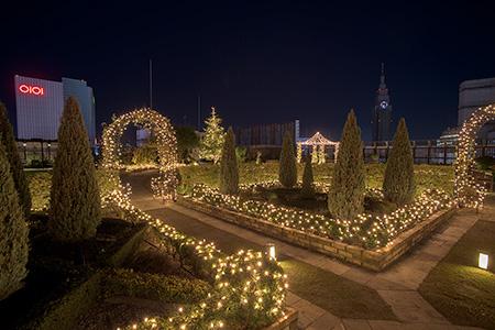 新宿マルイ本館 屋上庭園Q-COURTの夜景