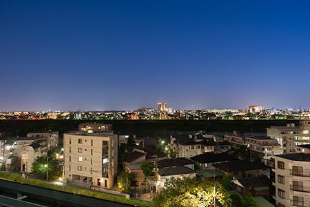二子玉川ライズ ルーフガーデン原っぱ広場の夜景