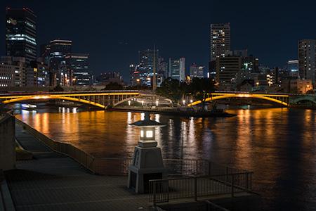 川の駅はちけんやの夜景
