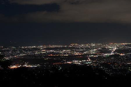 霊山 展望台休憩広場の夜景