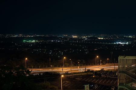 佐久平ハイウエイオアシスの夜景