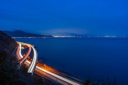 薩捶峠の夜景
