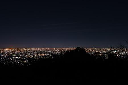 高安山 信貴生駒スカイラインの夜景