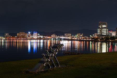 鳥取県立美術館 岸公園の夜景
