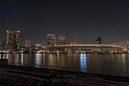 品川埠頭の夜景