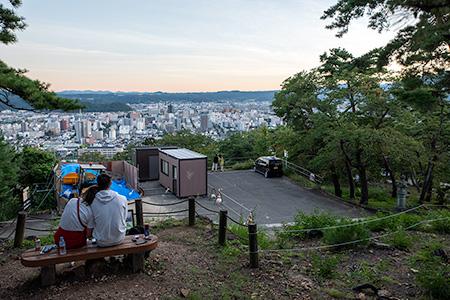 信夫山 第一展望台の夜景