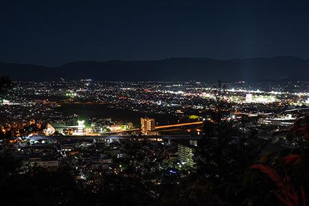信夫山 第三展望台の夜景